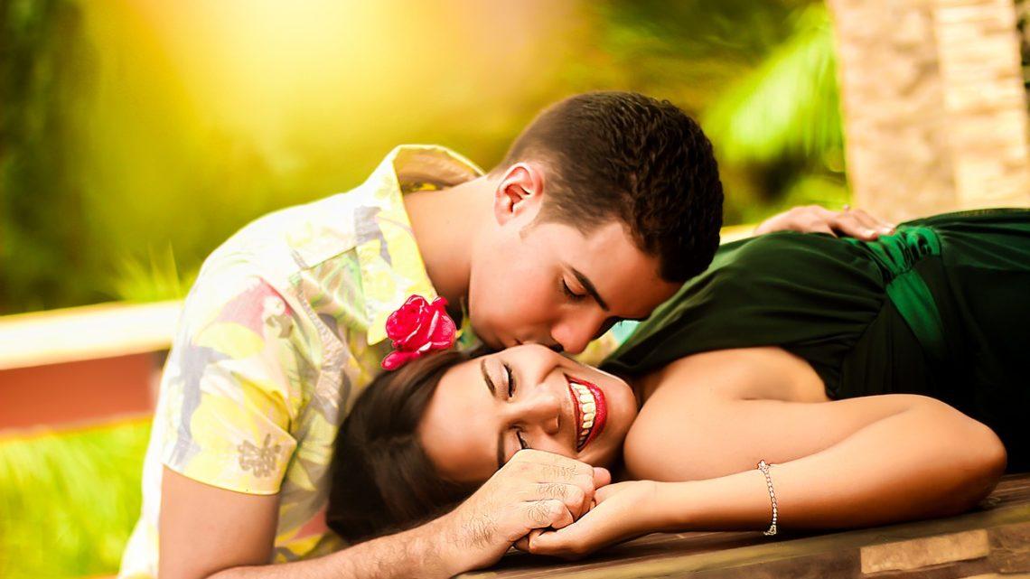 Guide de la rencontre amoureuse entre célibataires par Internet