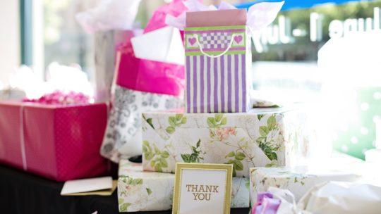 Des moments importants à fêter avec vos proches ? Privilégiez les cadeaux originaux de cette boutique