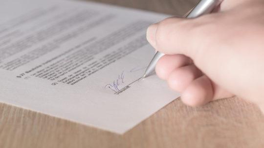 10 éléments essentiels à inclure dans un contrat de location à court terme