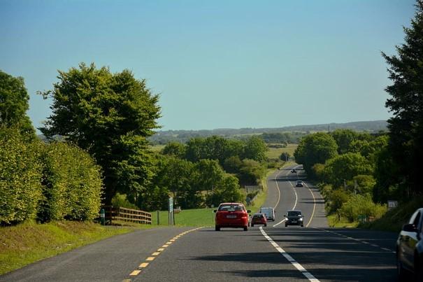 Comment accéder à la location voiture en Irlande pour moins de 25 ans?