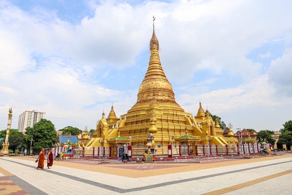 Profiter des merveilles de la terre d'or lors d'une aventure birmane